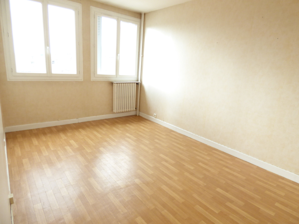 Appartement Aurillac 2 pièce(s) 43 m2