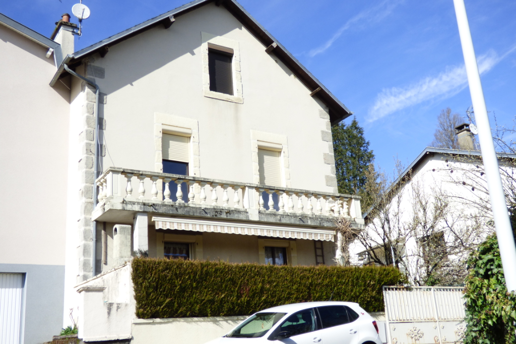 Maison Aurillac 4 pièce(s) 90 m2