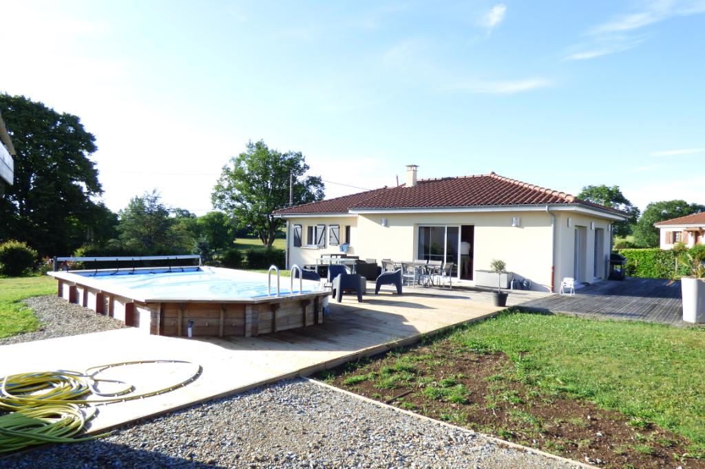 Maison Aurillac 6 pièce(s) 167 m2