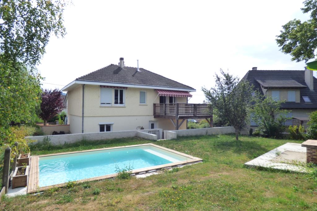Maison Aurillac 5 pièce(s) 120 m2