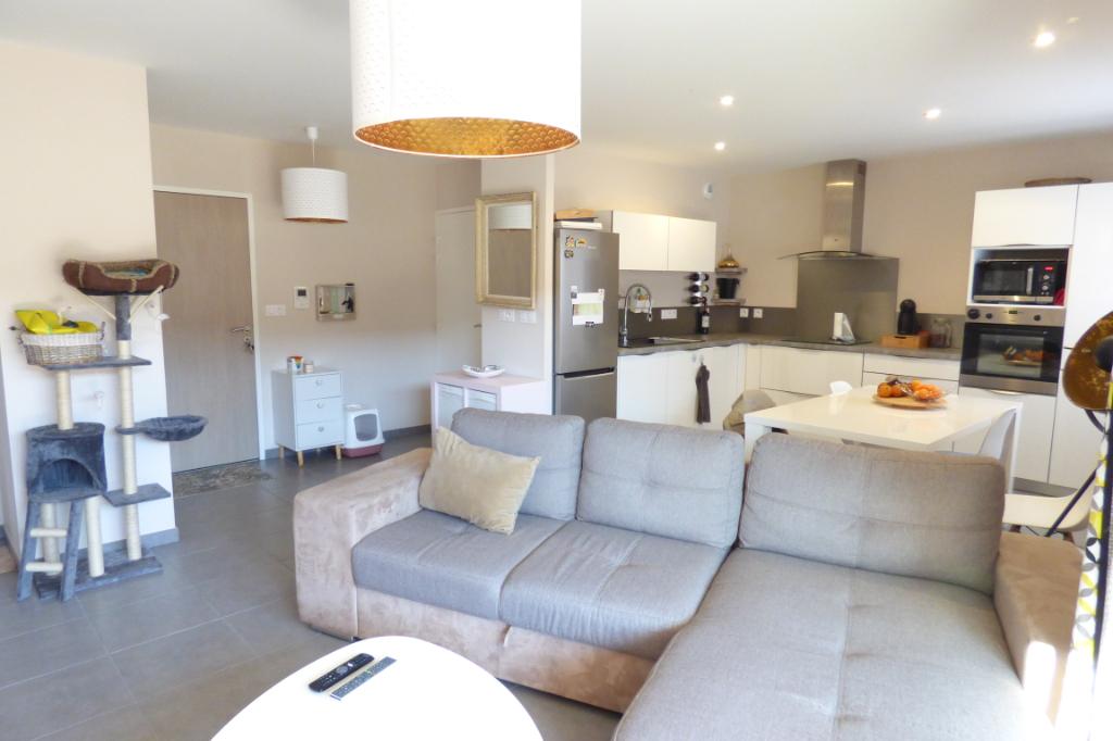 Appartement Aurillac 3 pièce(s) 67 m2 +54 m2 de terrasse ascenseur