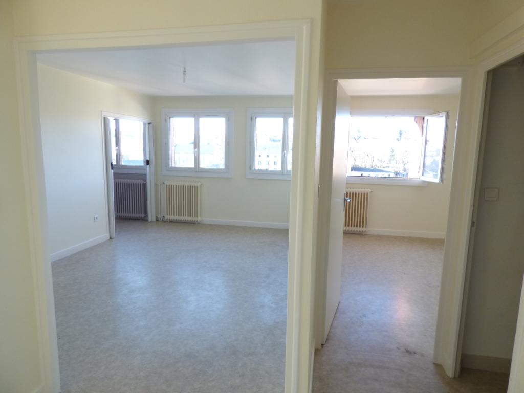 Appartement Aurillac 3 pièce(s) 68 m2