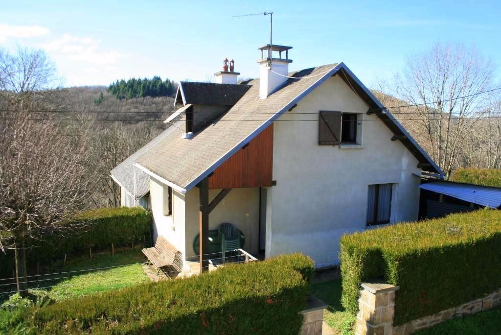 Deux maisons situées à Servières, 12600 Taussac