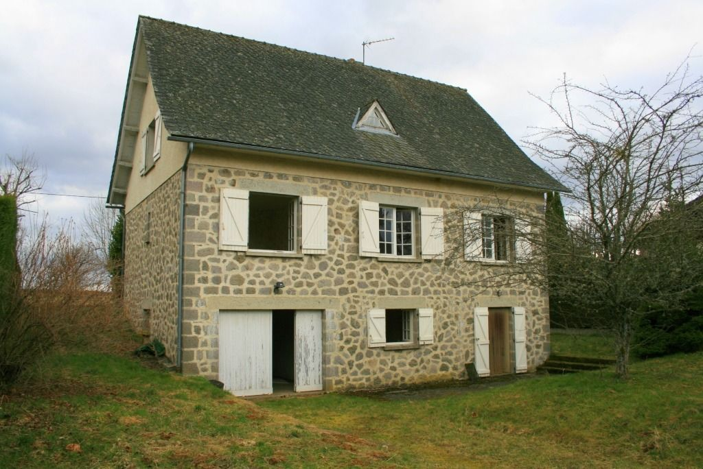 Maison en pierre à 10 minutes de Mur de Barrez