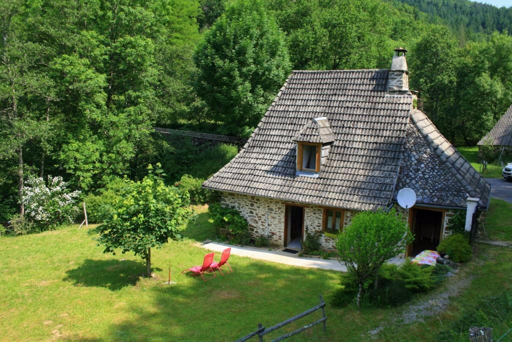 Maison en pierre à proximité de Manhaval, Taussac