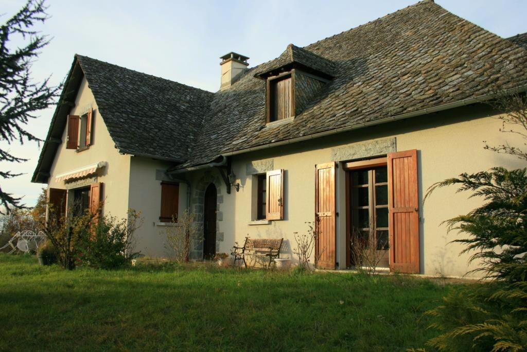 Maison près de 12600 Lacroix Barrez