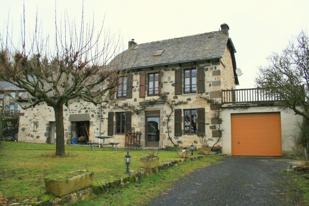 Maison en pierre, 5 minutes de Mur de Barrez