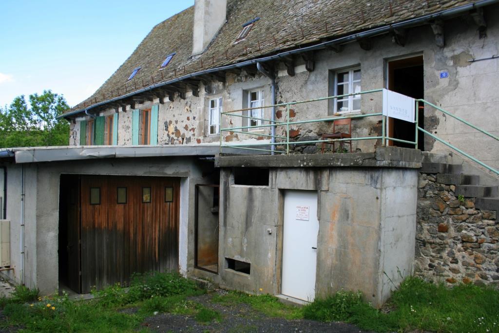 Exclu: ancienne laiterie 180m² avec maison 80m² , Lacapelle Barres