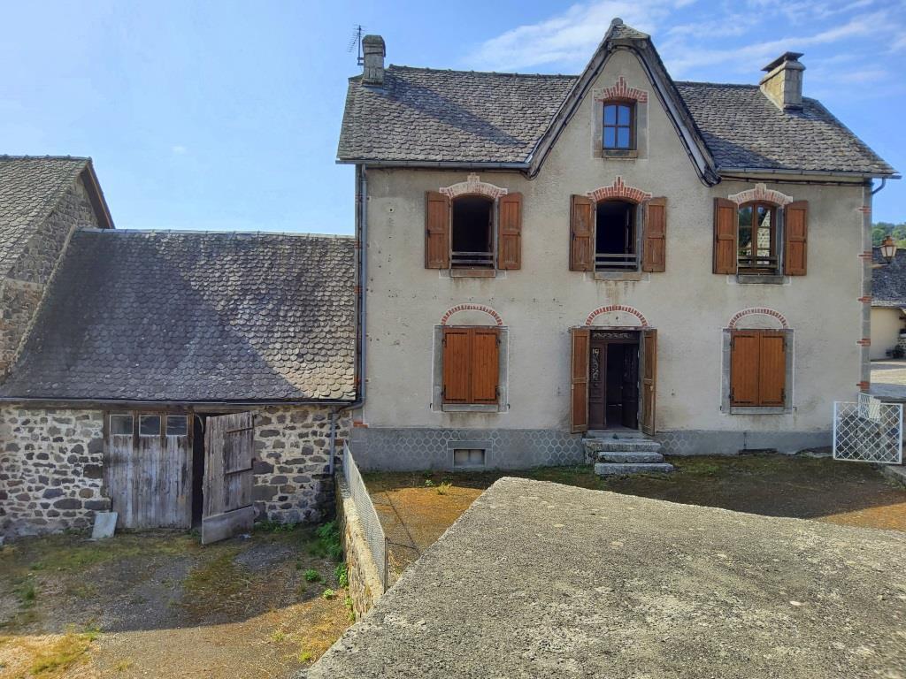 Exclu; Maison Brommat 6 pièce(s) 102 m2