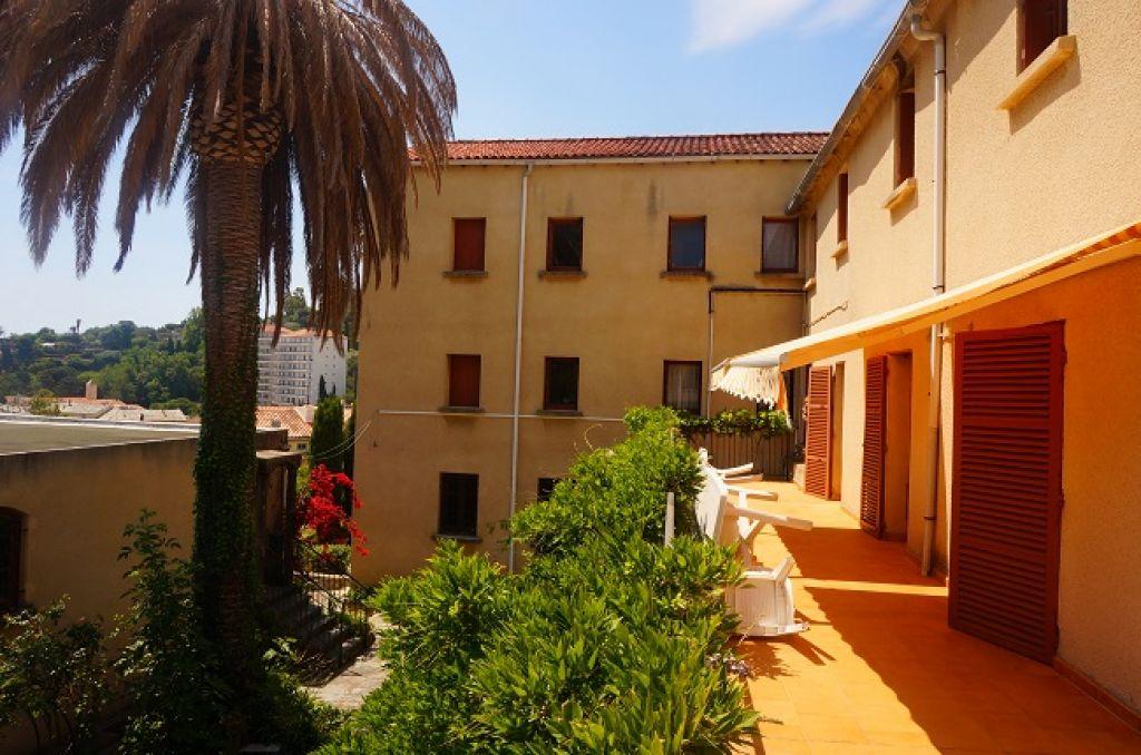 Propriété Bastia 40 pièce(s) 2500 m2