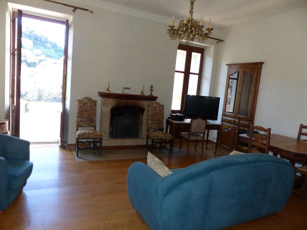 Appartement Sartene 5 pièce(s) 137 m2