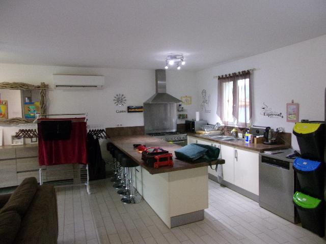 Maison 15km PORTO POLLO 4 pièce(s) 82 m2