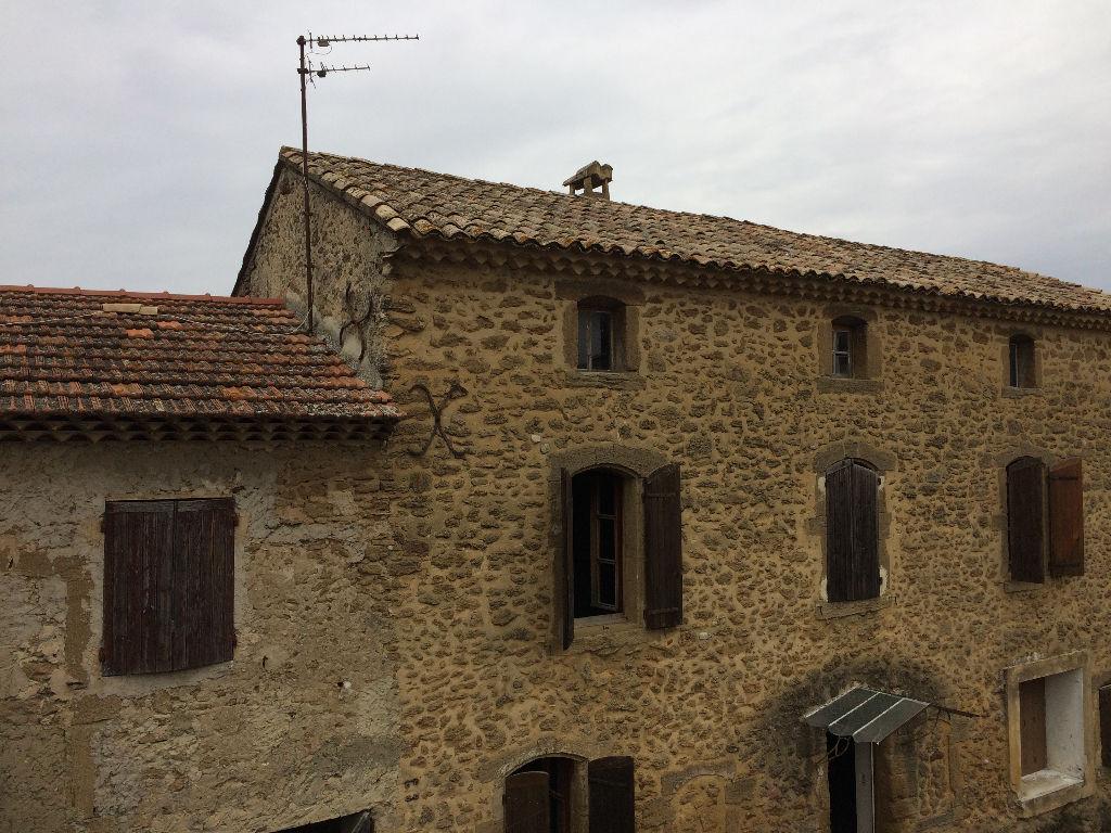 Maison de village + appartement à rénover