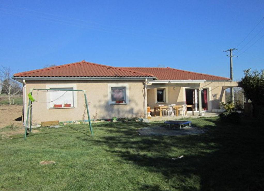 St Germain Laval  Prox. Villa Plain Pied sur 1300m² de terrain