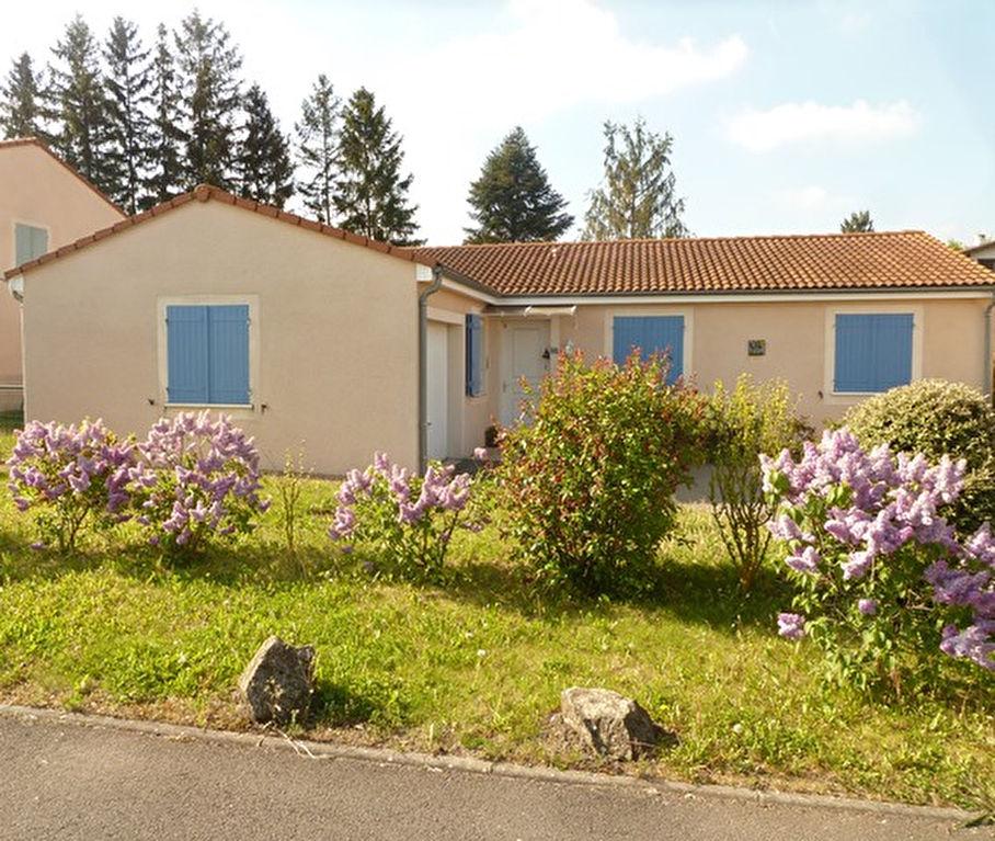 Saint Beauzire maison plain pied 3 chambres et terrain