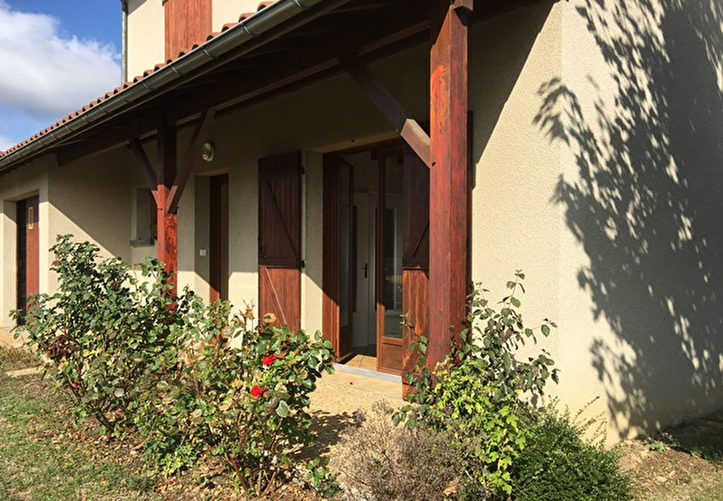 Davayat proche maison 3 chambres et terrain