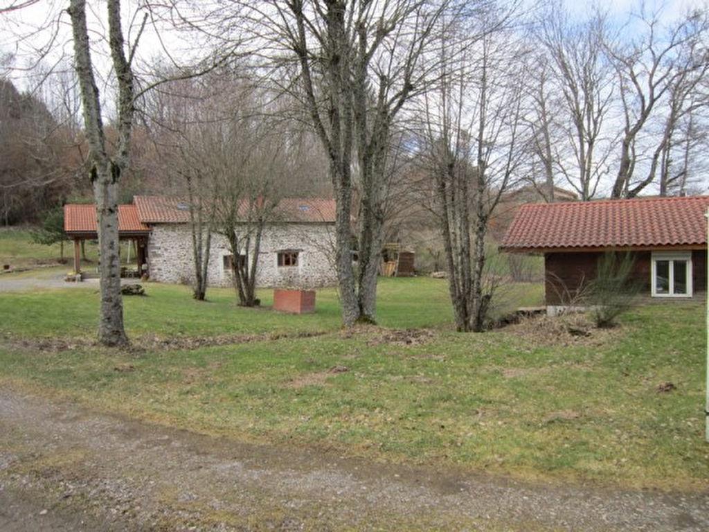 Noiretable prox. maison et un chalet sur 5750m² de terrain