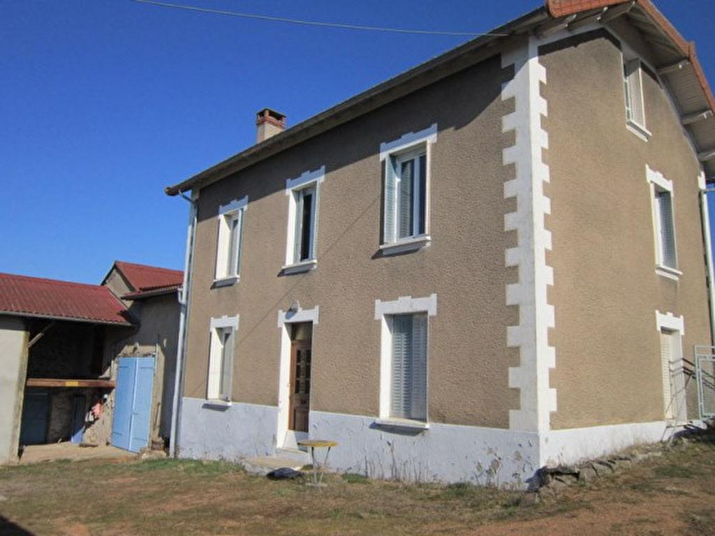 St Germain Laval  prox. maison 4 chambres et 1700m2 de terrain