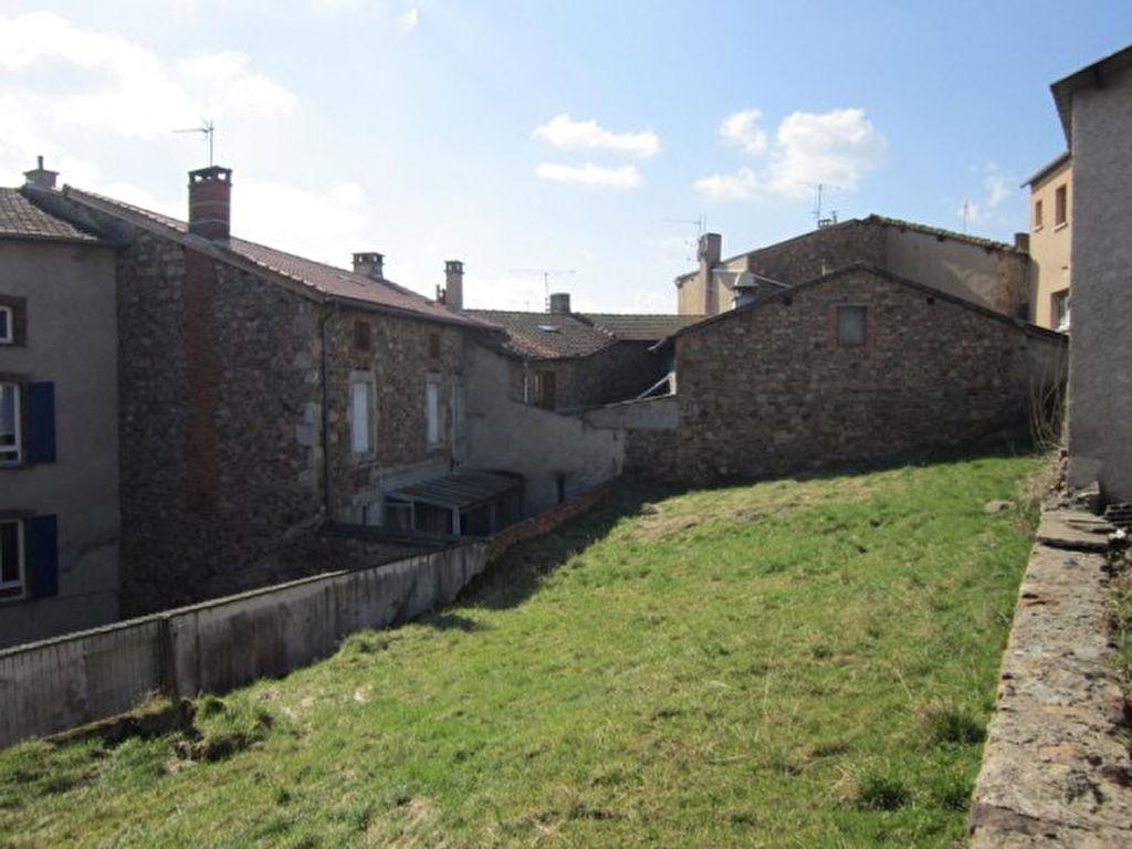 St Just En Chevalet maison150 m2 et terrain