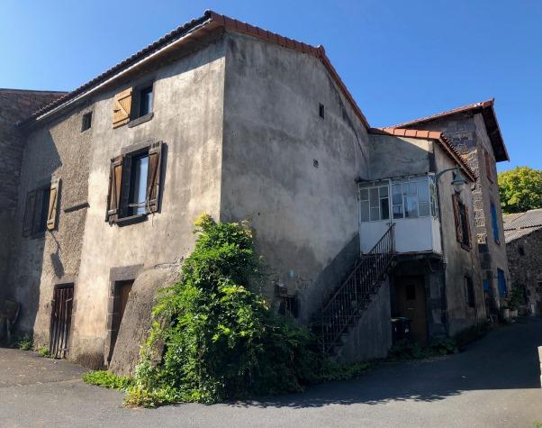 Chanat La Mouteyre maison pierre 120 m2 à rénover