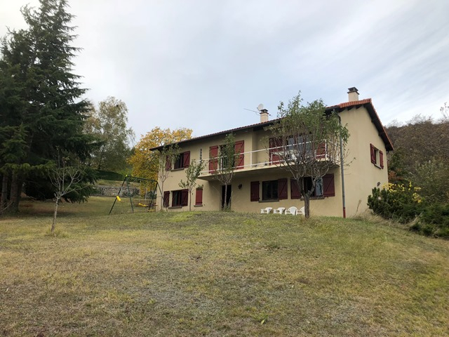 Cournon D'Auvergne maison 3 chambres et terrain