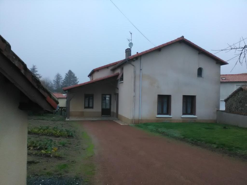 Maison Secondigny 7 pièce(s) 110 m2
