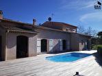 A Magagnosc Maison  de charme de  218 m2  avec piscine , vue imprenable sur les collines de Magagnosc