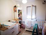 A VENDRE PERTUIS - Bel  appartement T3  Terrasse Jardinet , 2  places parking 9/11