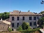 A vendre au centre ville de Cavaillon ancienne maison bourgeoise de plus de 300m² beau potentiel. 1/2