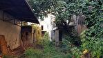 A vendre au centre ville de Cavaillon ancienne maison bourgeoise de plus de 300m² beau potentiel. 2/2