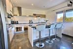 PERTUIS - Ensemble immobilier composé de 2 maisons indépendantes sur 5600 m² avec piscine 4/16