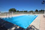 PERTUIS - Ensemble immobilier composé de 2 maisons indépendantes sur 5600 m² avec piscine 10/16