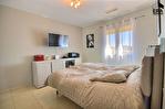 PERTUIS - Ensemble immobilier composé de 2 maisons indépendantes sur 5600 m² avec piscine 13/16