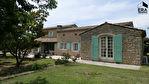A vendre, 10 mn d'Eygalières, superbe villa en pierre avec piscine 7/14