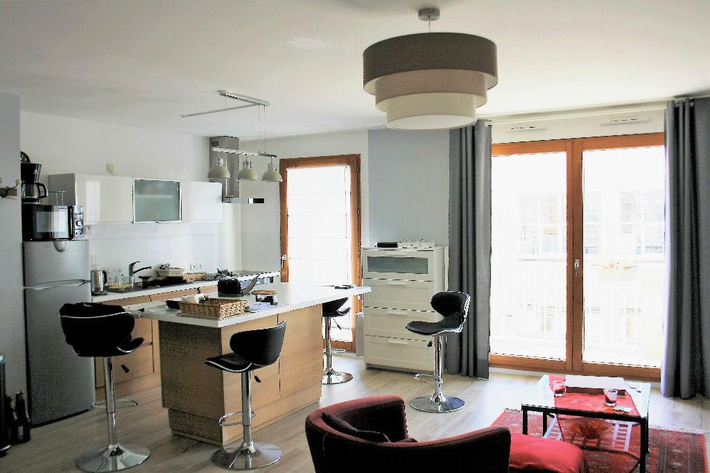 Exclusivité: Appartement  T2  - 56.8 m²
