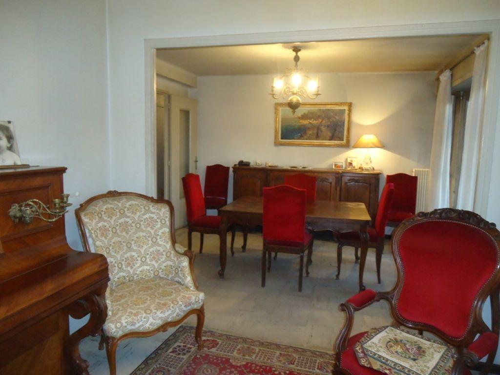 a vendre hy res appartement t5 de 77 m hy res 83400. Black Bedroom Furniture Sets. Home Design Ideas