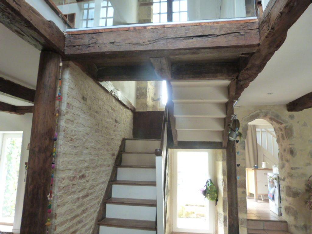 Saint Pol de Léon, centre ville, maison de charme en pierres, 3 chambres...