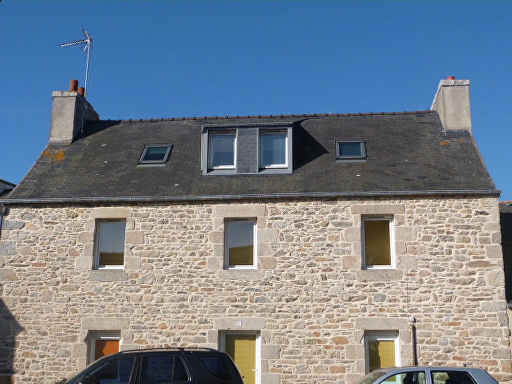 ROSCOFF : Vieux port,  commerces, maison en pierres 3 chambres...