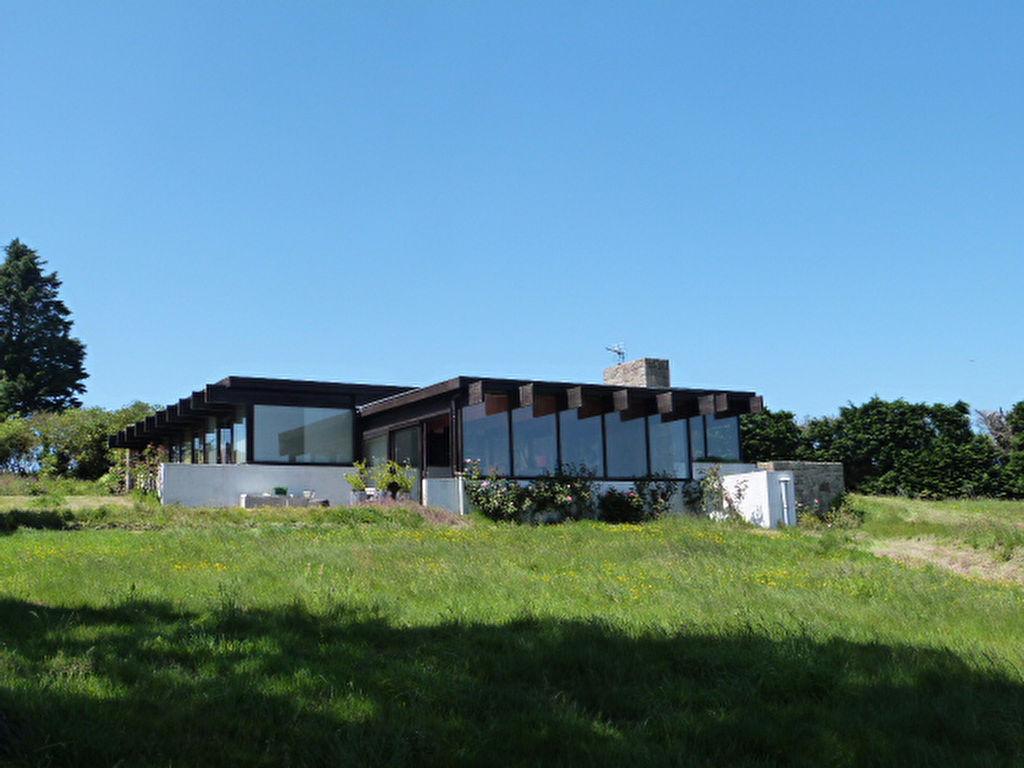 Finistère Nord, Saint Pol de Léon, maison d\'architecte jolie vue...