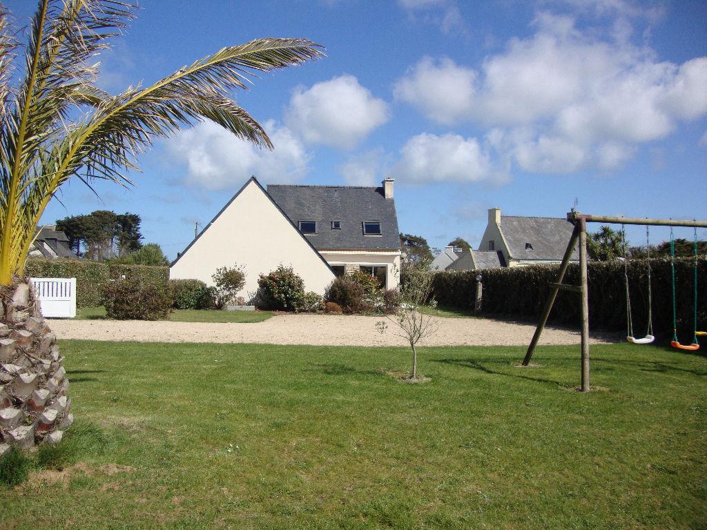 Roscoff, à qq mètres de la plage,maison 4 ch.....