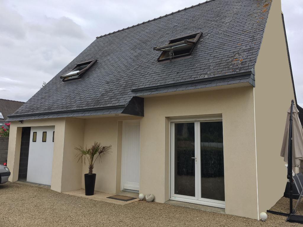 Finistère Nord,SAINT POL DE LEON, commerces à pieds, maison de 3 ch, jardin, garage.