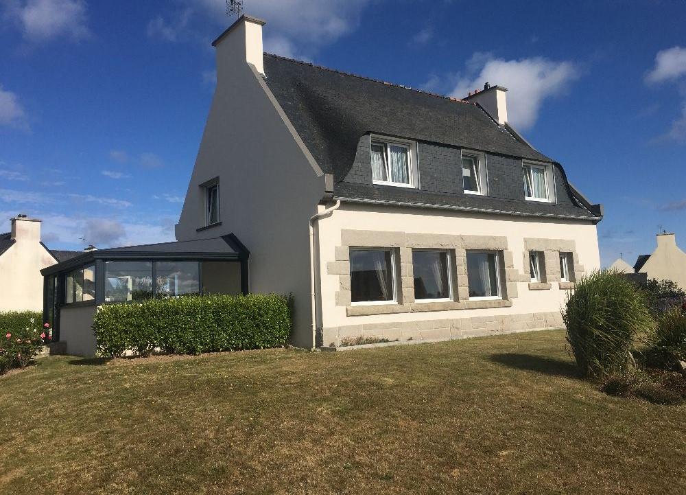 Finistère Nord, ROSCOFF, maison entièrement restaurée, 5 ch, jardin clos...