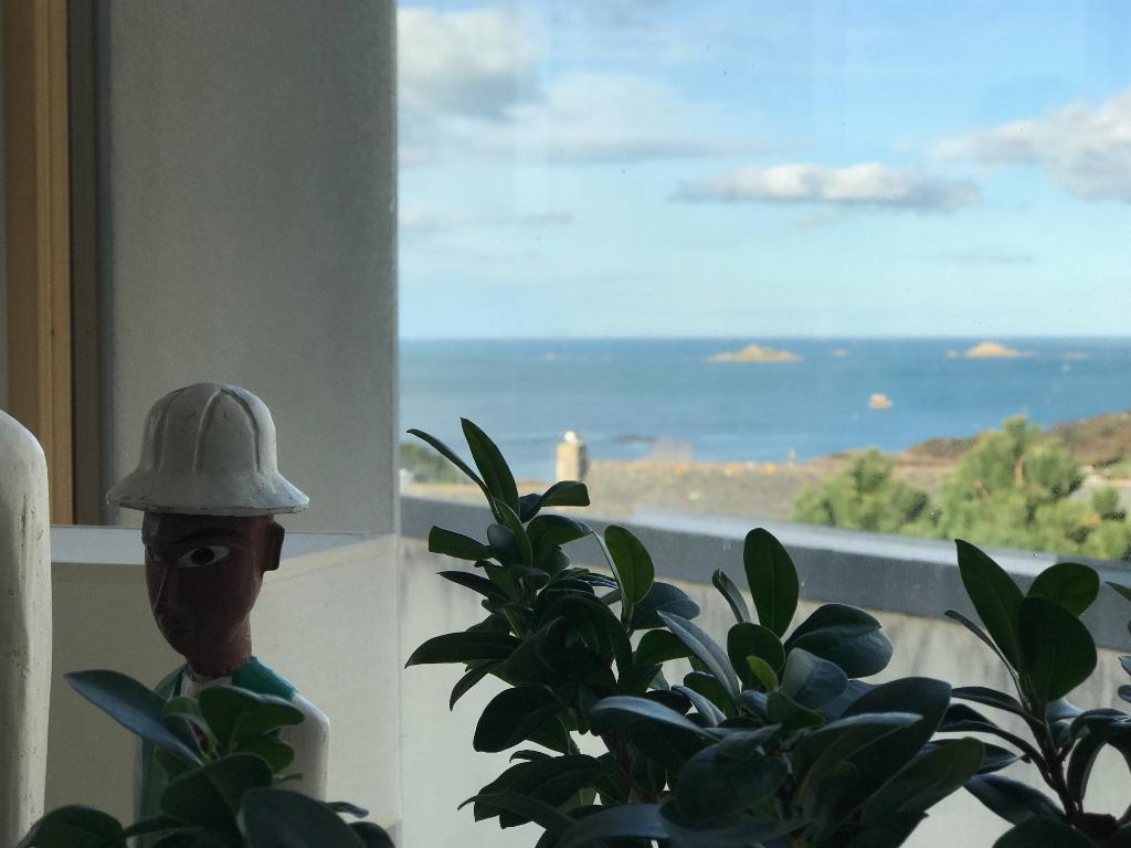 CARANTEC, superbe vue mer, maison contemporaine  4 ch...