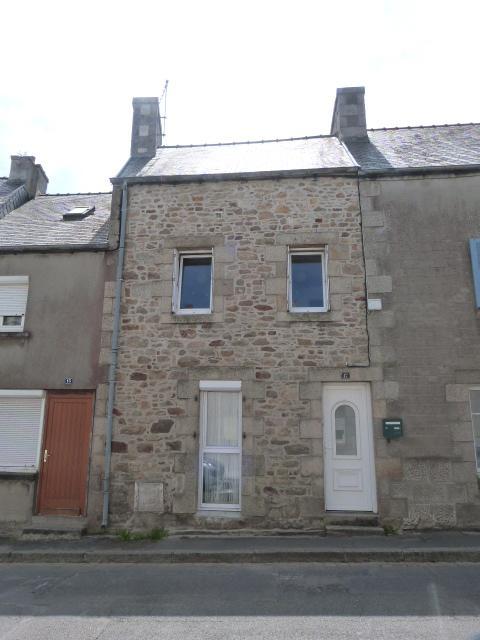 Finistère SAINT POL DE LEON, maison, en pierres, ville à pieds