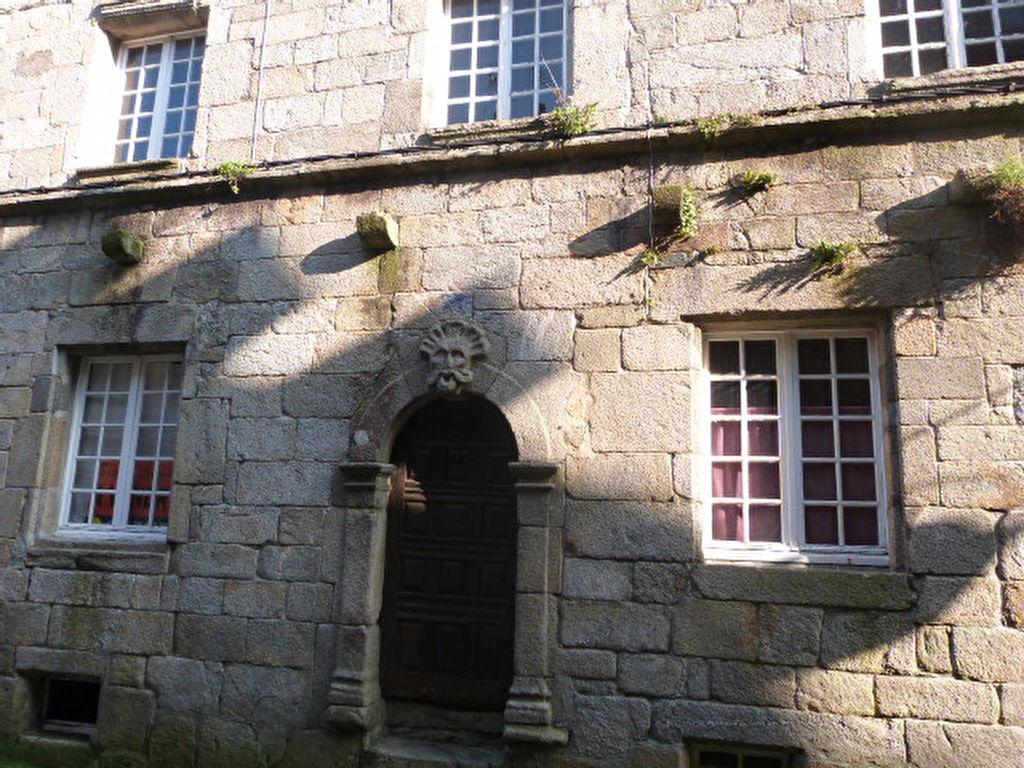 St Pol de Léon Maison de caractère centre ville à rénover...