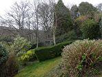 Ravissante propriété sur jardin aménagé avec piscine et garage