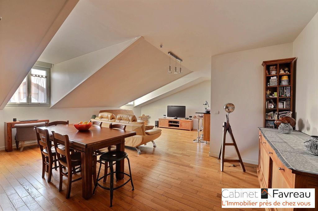 Villejuif - Saint Roch - Bel appartement de 4 Pièces au dernier étage