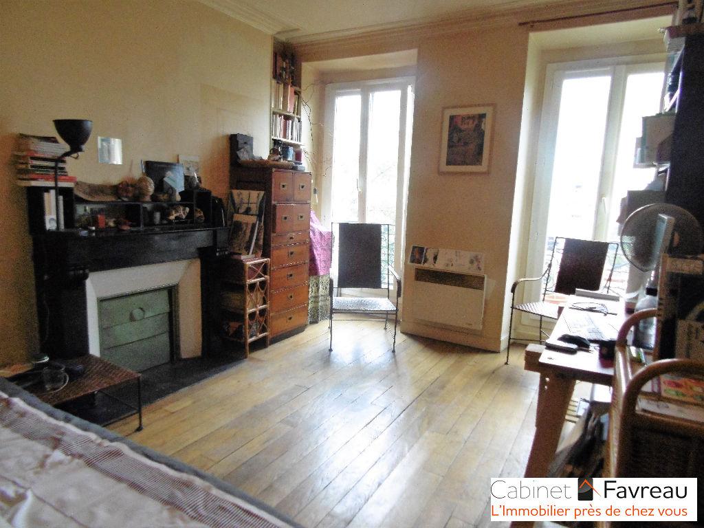 Appartement Paris - Campo Formo - 2 pièces 41.91 m ²