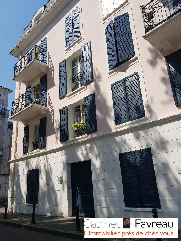Thiais appartement appolonia 4 pieces balcon box