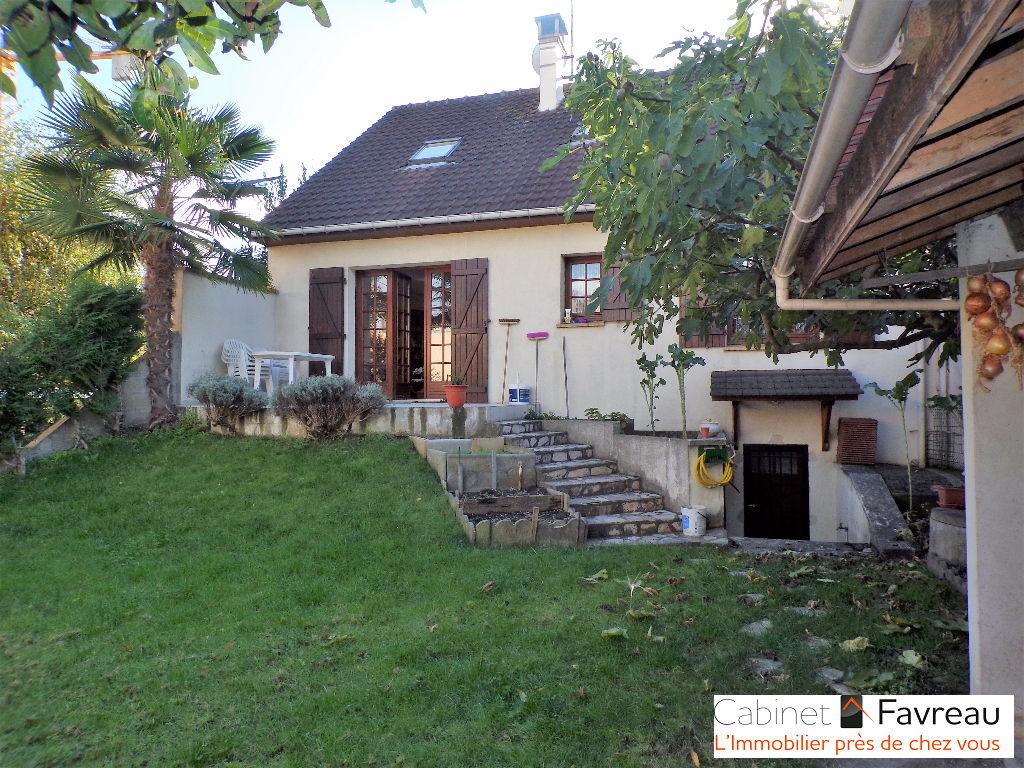 Maison-Vitry Sur Seine-5 pièce(s)-centre gare-123.45 m2